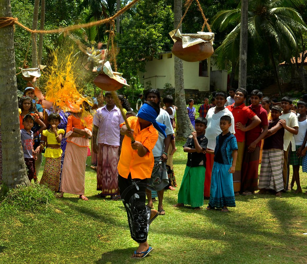 Sinhala new Year - kana mutti | This is one of the games pla ...