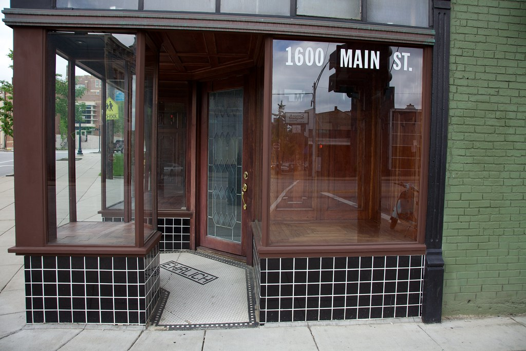 Bass Shoe Store Vicksburg Ms