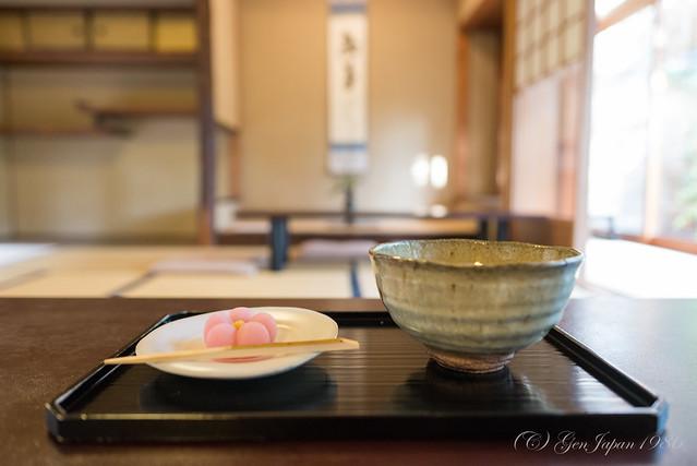 """茶寮 宝泉 抹茶セット(早春)/Sweets and tea in Japanese-tearoom cafe """"Saryo Hosen"""""""