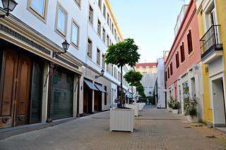 http://hojeconhecemos.blogspot.com.es/2016/01/callejon-jorge-juan-madrid-espanha.html