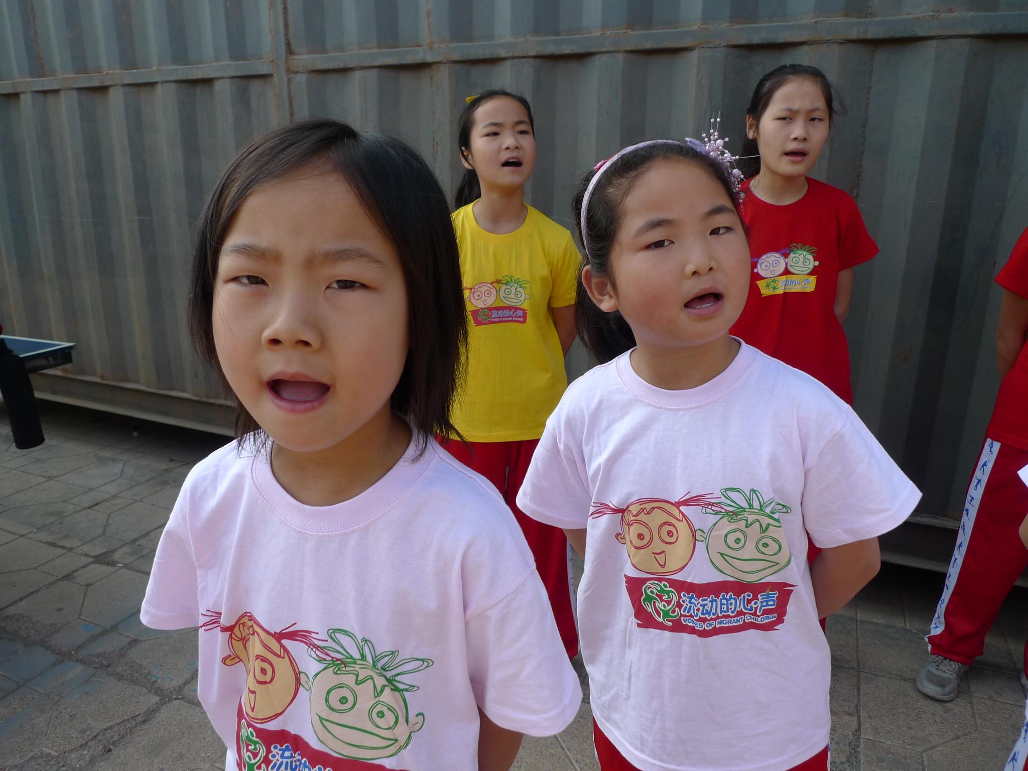 準備參加新公民兒童藝術節的孩子練唱中。