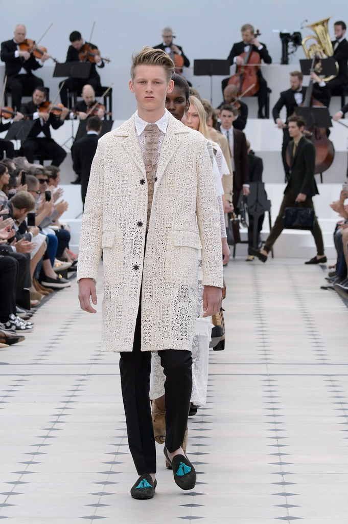 SS16 London Burberry Prorsum042_Ole Stirnberg(fashionising.com)