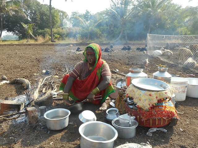 Cooking is the responsibility of the women. They usually settle down in the fields near the wada and cook in the open air. They also collect wood for fuel and water.