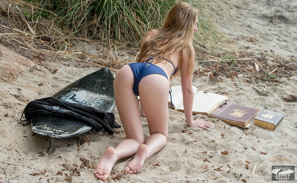 Nikon D800 Photos Beautiful Swimsuit Bikini Model Goddess