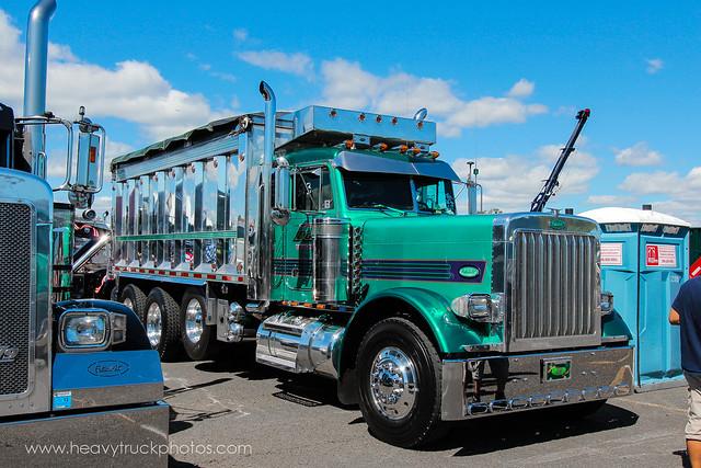 Tri Axle Show Trucks : Peterbilt tri axle dump truck heavytruckphotos