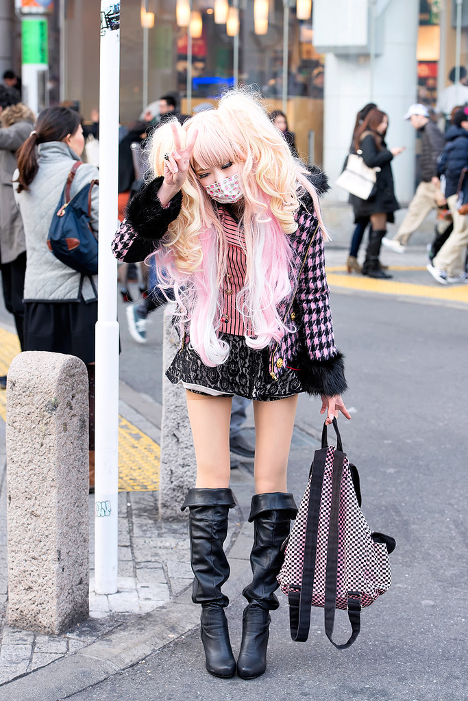 Shibuya gyaru w boots pink hair friendly gyaru that i Yes style japanese fashion