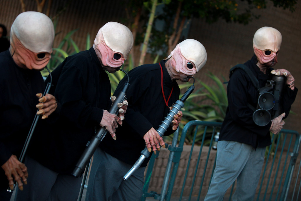 Cantina Band cosplayers | Figrin D'an and the Modal Nodes, t ...
