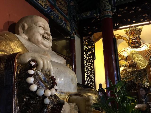 Buda Feliz en China