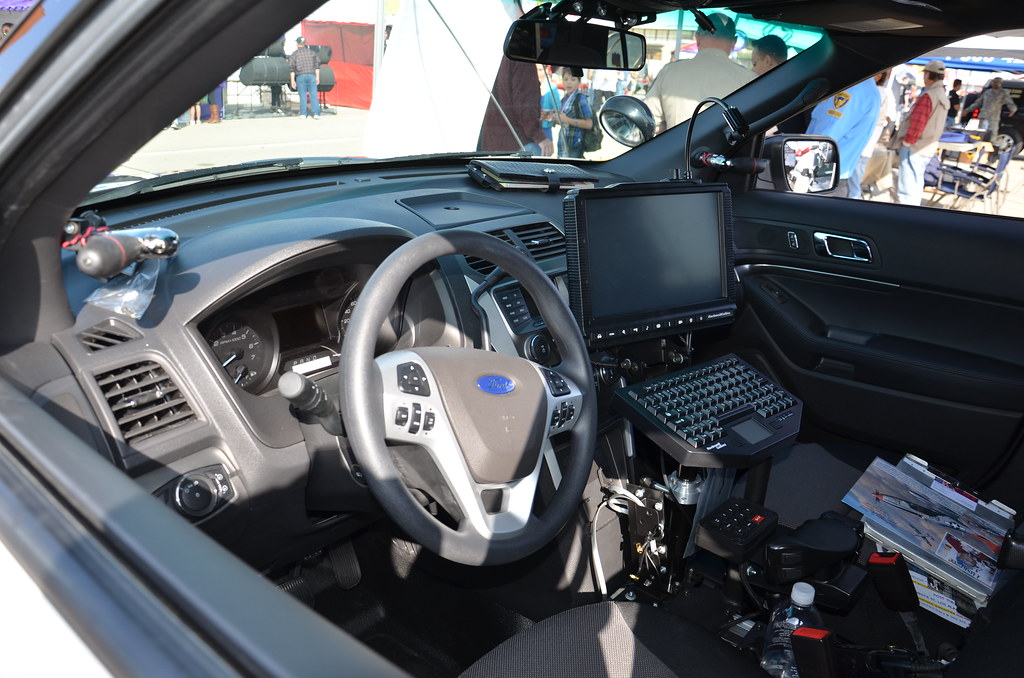 california highway patrol chp ford explorer interior flickr. Black Bedroom Furniture Sets. Home Design Ideas
