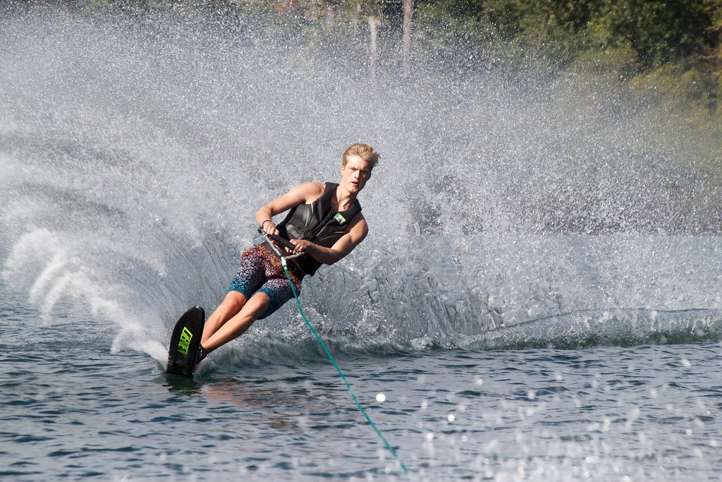 Adult Water Skis