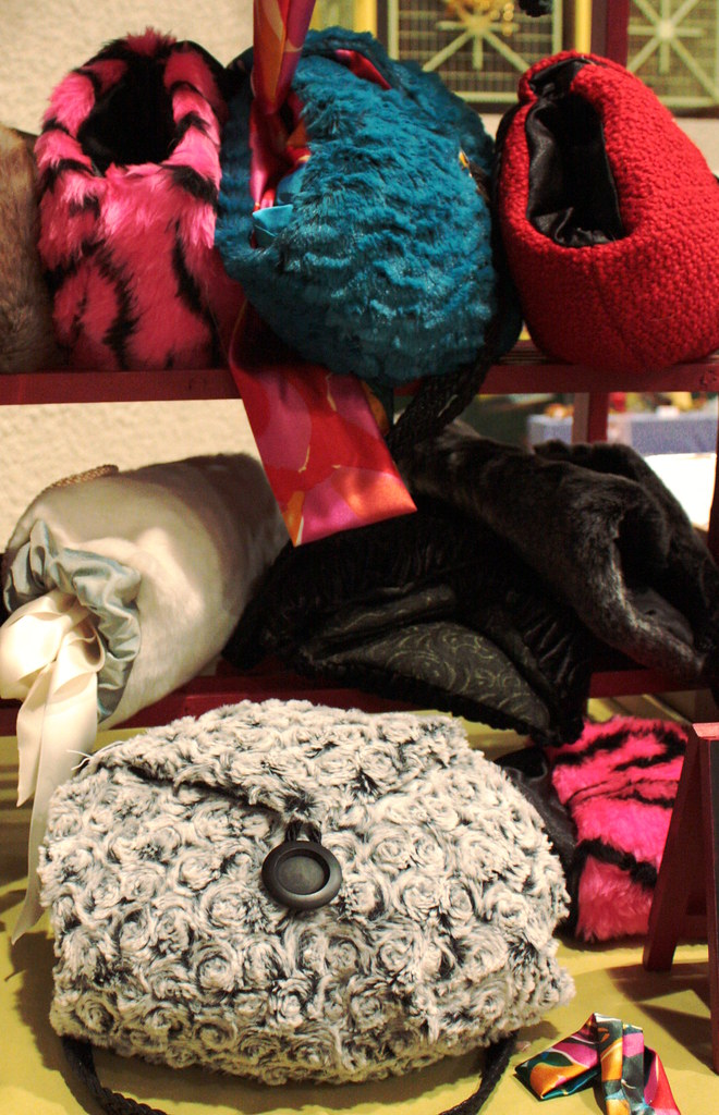 sac main manchon flaoua fourrure synth tique doublure s flickr. Black Bedroom Furniture Sets. Home Design Ideas