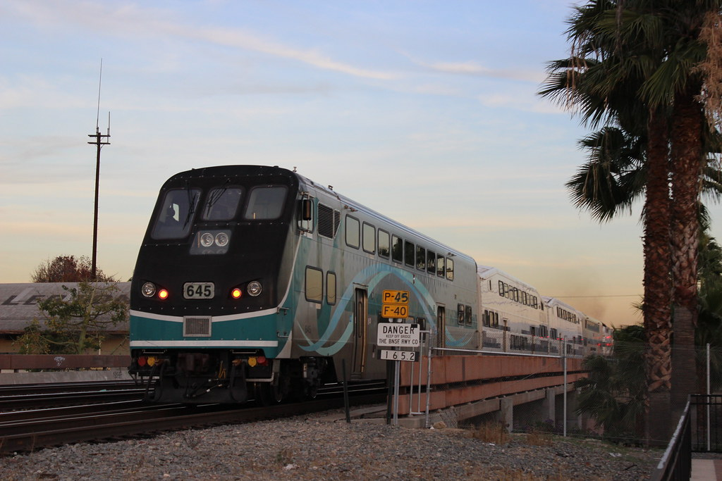 scax 645 metrolink hyundai rotem car in fullerton ca flickr. Black Bedroom Furniture Sets. Home Design Ideas