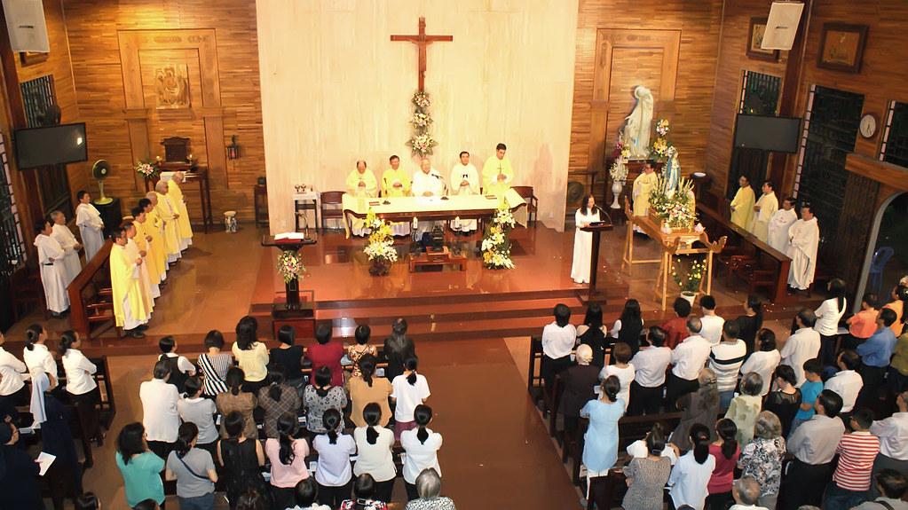 Tu Viện Và Giáo Xứ Mai Khôi Mừng Lễ Đức Mẹ Mân Côi Bổn Mạng