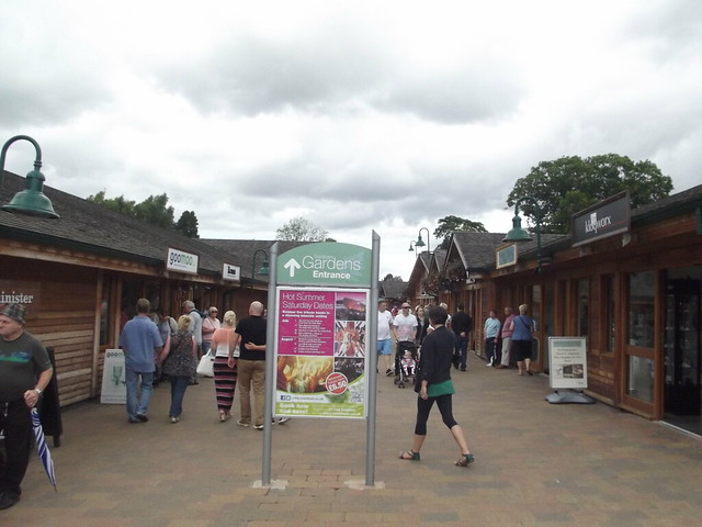 Restaurants Near Trentham Gardens
