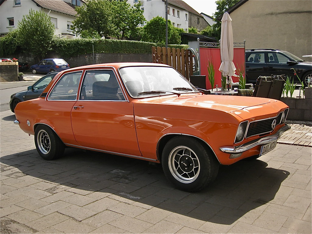 70s opel ascona a 1900 the ascona was introduced in nov 1 flickr. Black Bedroom Furniture Sets. Home Design Ideas