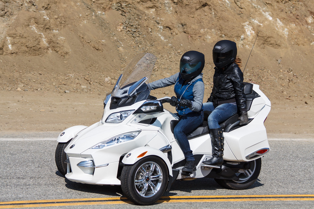 """Can Am Trike >> BRP Can-Am Spyder 