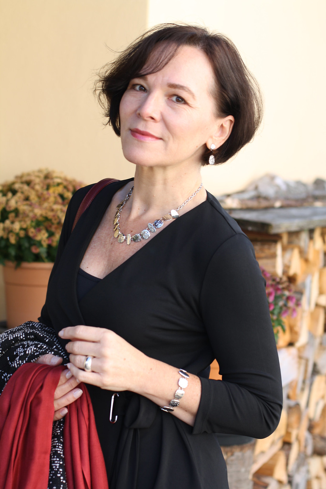 Lady of Style in Eternal Collection jewellery, over 40 style