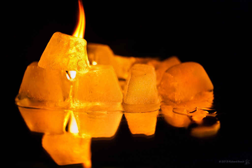 A Song Of Ice And Fire Ice Cubes On Fire 24 November 2013 Flickr