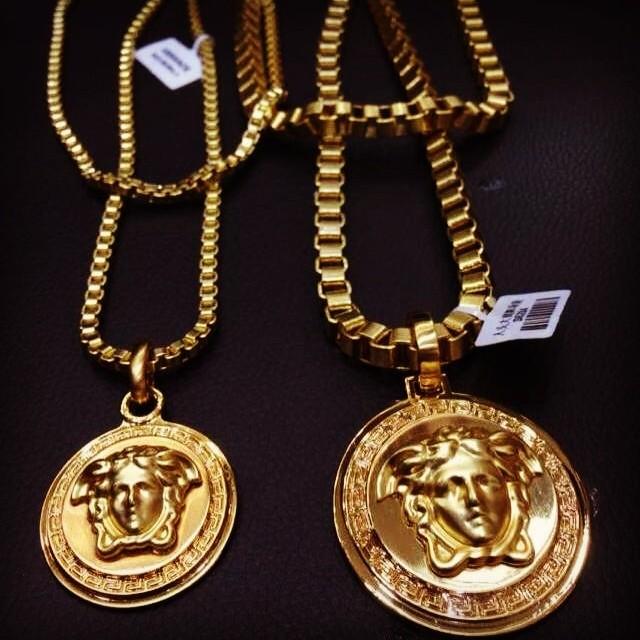 Solid titanium steel versace medusa medallion chains #fash