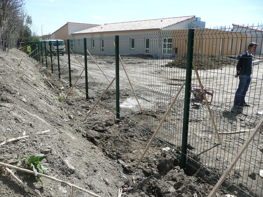 P1150080 future maison perce neige d 39 avignon chantier for Association maison