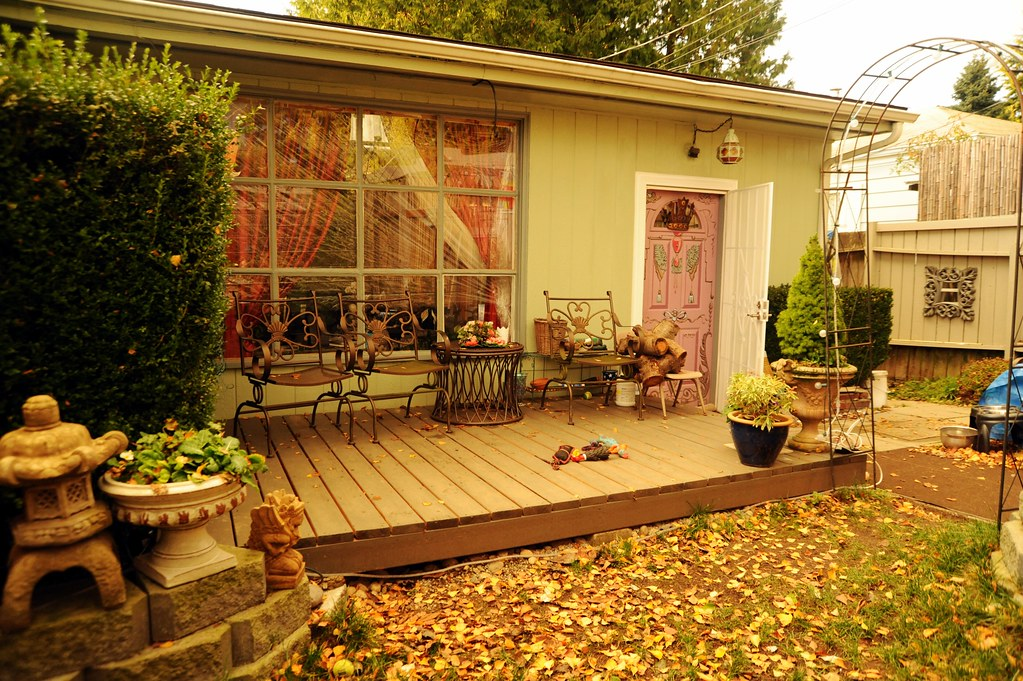 The new front deck in the winter, patio furniture, Rosie's… | Flickr