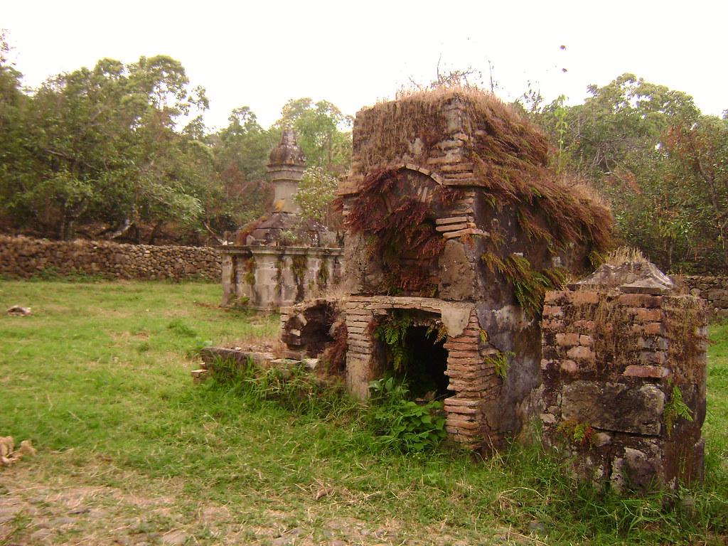 San sebastian del oeste antiguo pante n rjimenezr flickr for Cementerio jardin del oeste