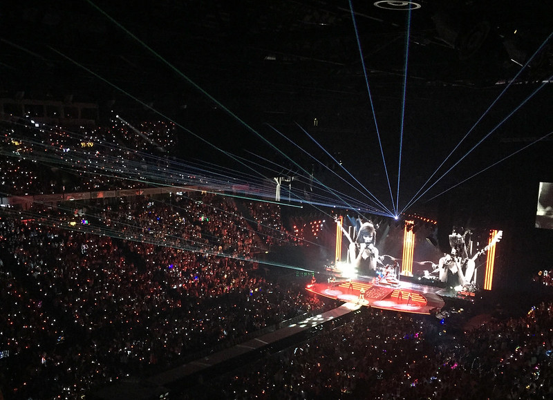 Taylor Swift on the 1989 tour in Manchester 2015