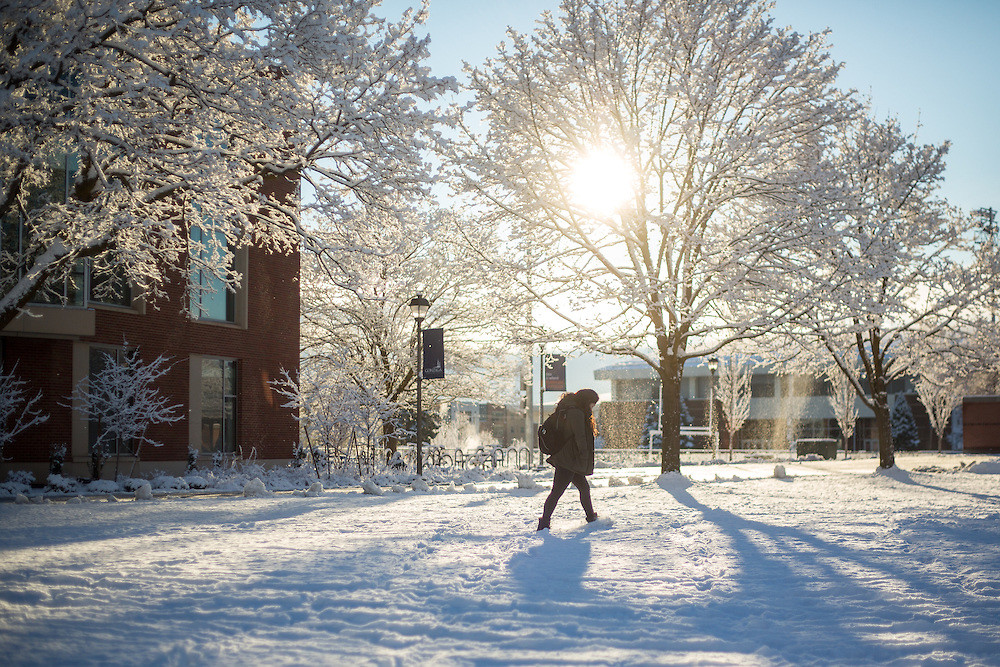 Snow covers campus. (Photo by Gonzaga University) | Snow ...