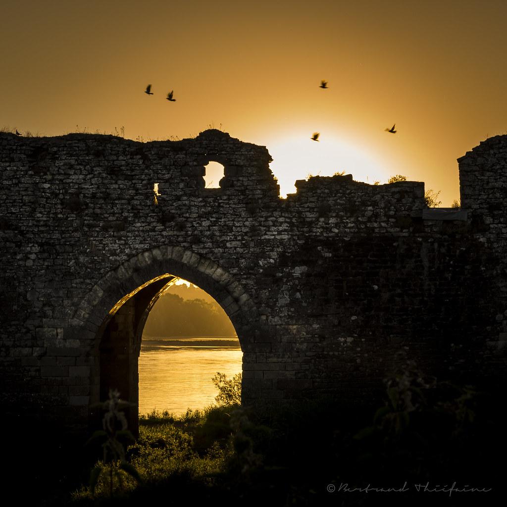 Arche d 39 or lever du jour sur le moulin pendu champtoceau flickr - Le port du moulin champtoceaux ...