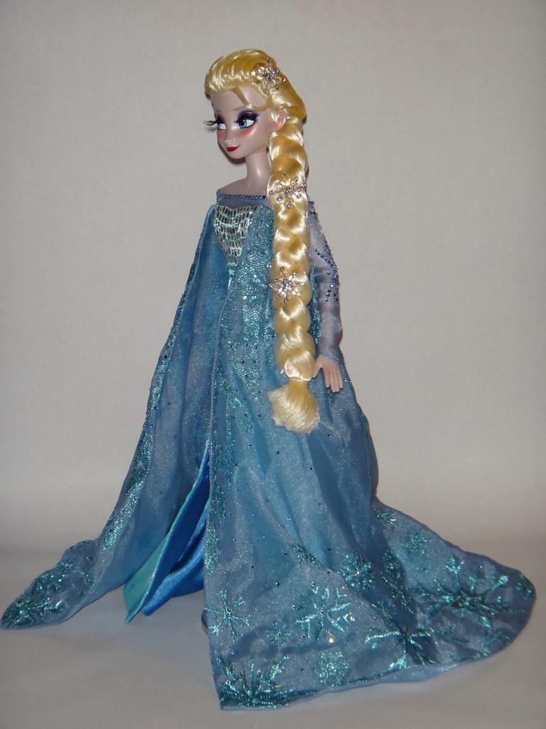Elsa Deboxed Harrods Limited Edition Anna And Elsa Doll