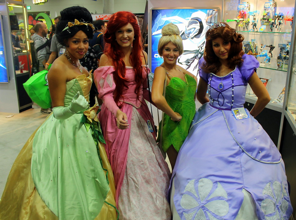 Cosplay - Tiana, Ariel, Tinker Bell and Sofia the First