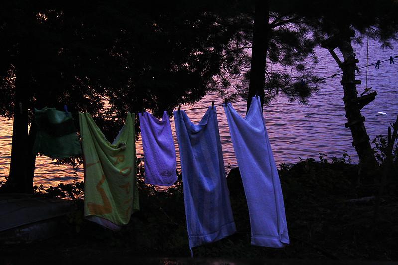 towel line2