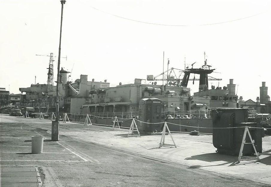 "HMS Berry Head | ""Head"" Class Escort Maintenance Ship ""HMS ..."