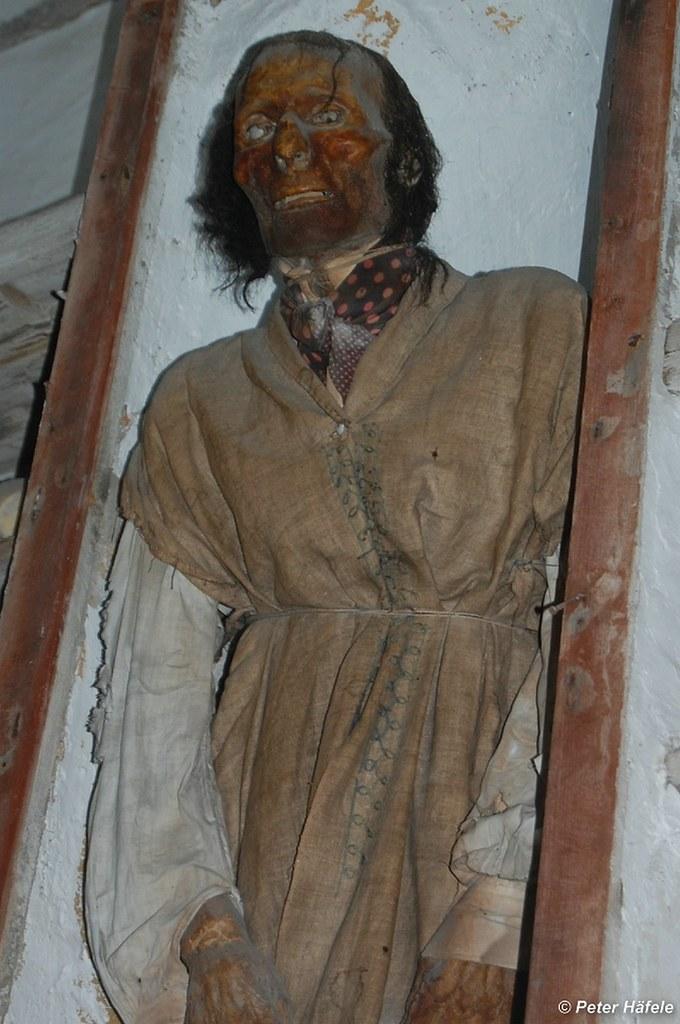 Antonio Prestigiacomo | The mummified body of Antonio