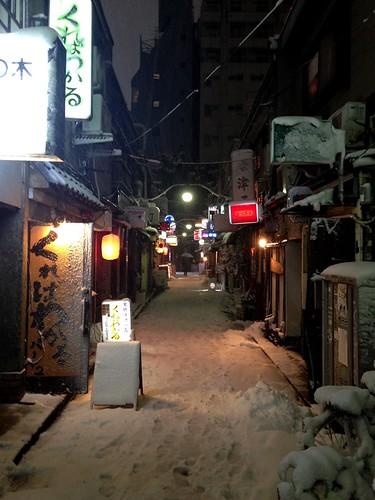 Shinjukugoldengai_04