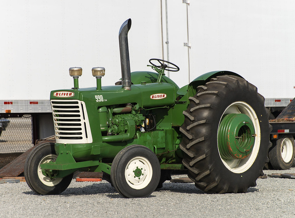Oliver 990 Tractor : Oliver puller these classics have a detroit diesel
