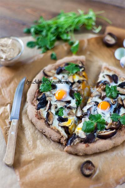 Shiitake with Walnut Puree Pizza | alenakogotkova.com/blog ...