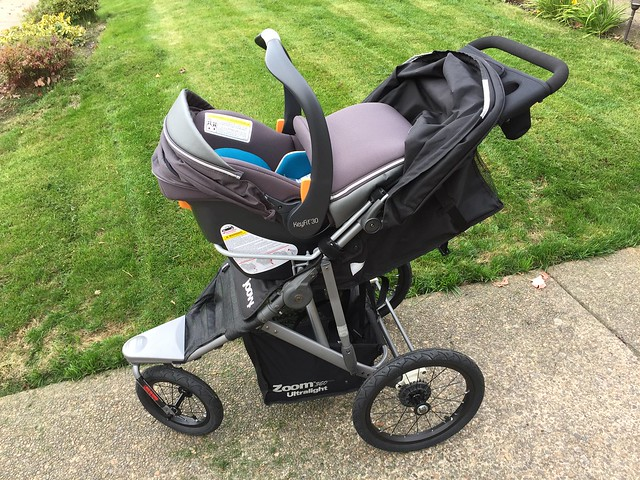Initial Impressions of the Joovy Zoom 360 Ultralight stroller ...