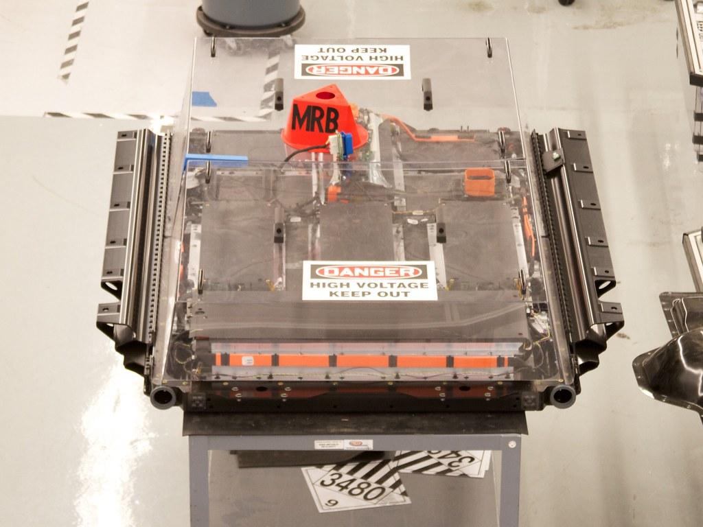 Tesla visit 16 a visit to tesla motors headquarters in for Tesla motors palo alto