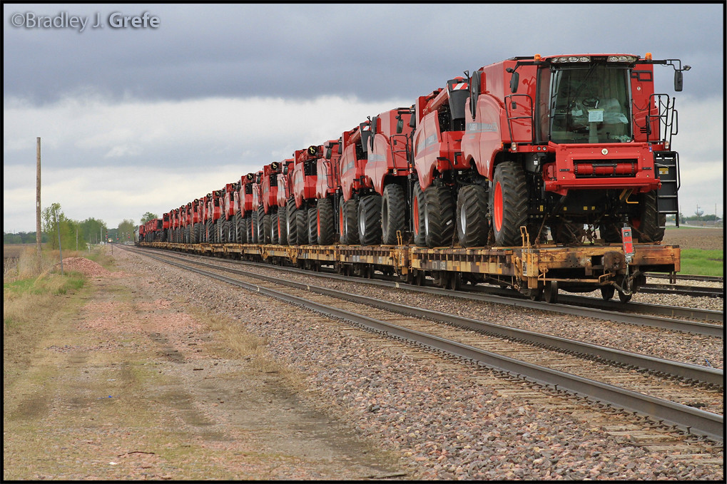 Tractor Train Rides : Case ih tractor train nevada ia i was caught out of