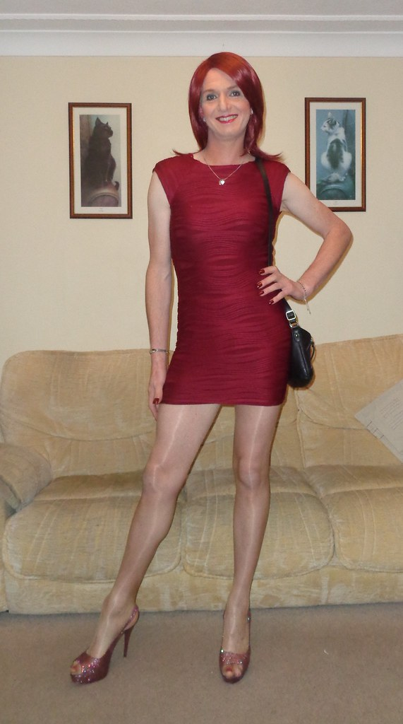 Crossdresser night with pink toe nails and cucumber 2 6
