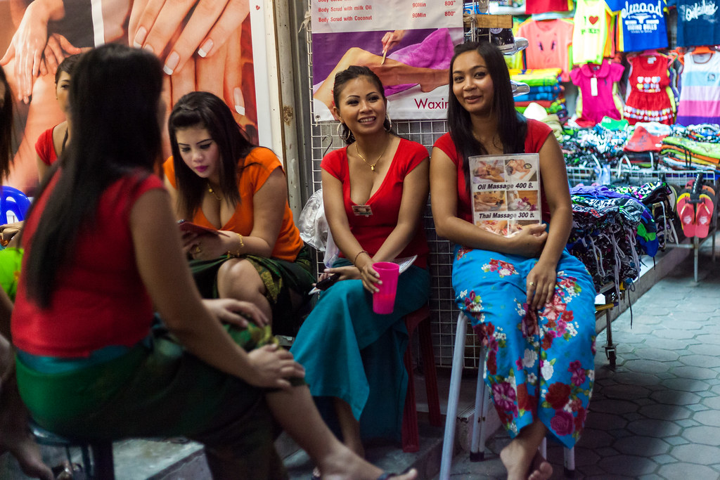 Massage Girls  Travel Photography In Patong, Thailand -1415
