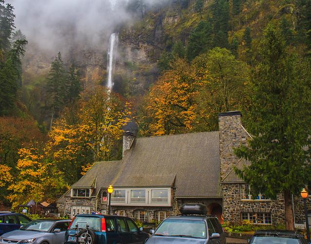 Multnomah falls lodge and footpath flickr photo sharing