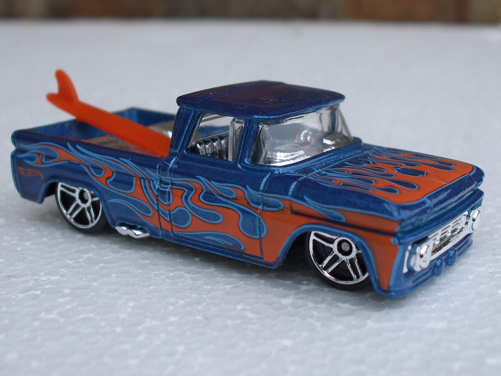 Hot Wheels 1962 Chevrolet Pick up Truck With Orange Flames ...