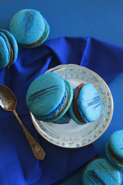 Brownie Batter Macarons