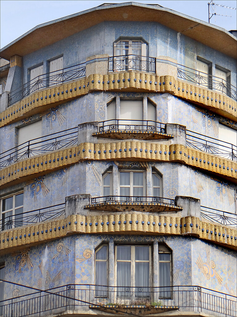 La maison bleue art d co angers balcons l 39 angle de for Art maison deco
