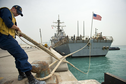 USS Arleigh Burke arrives in Bahrain. | by Official U.S. Navy Imagery