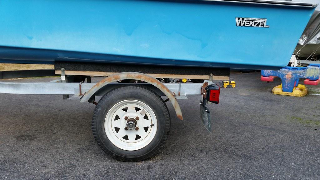 how to fix spider cracks in gelcoat trailer
