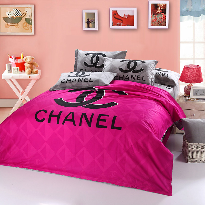 Chanel Bed Set Ch 03 Chanel Bet Set 4 Piece Pink Black