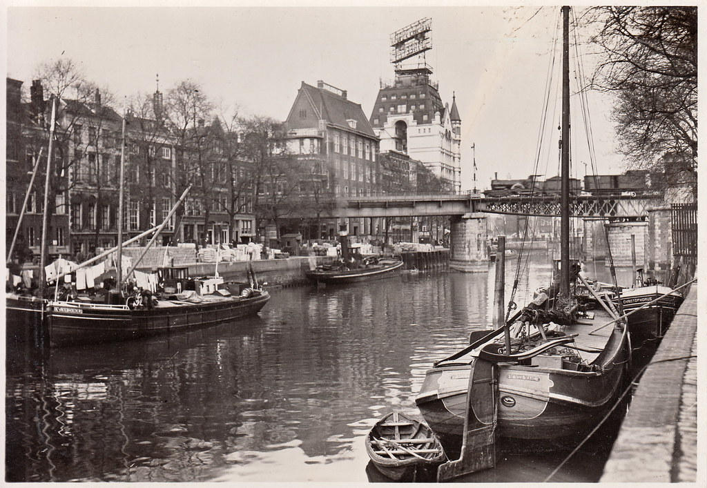 Wijnhaven, Rotterdam (c.1930s)   Real photo postcard ...